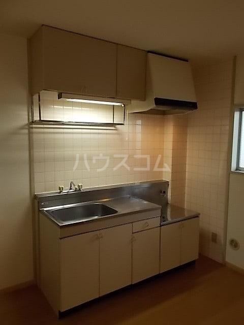 ファーストハウス 01030号室のキッチン