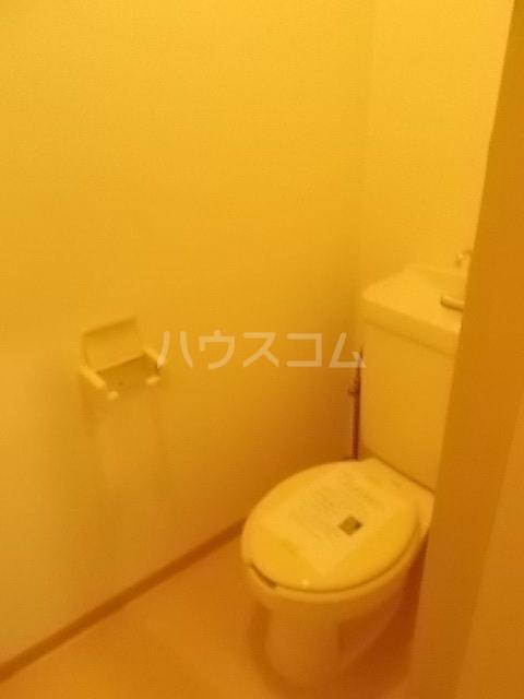 ファーストハウス 01030号室のトイレ