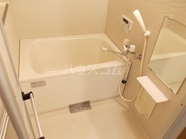 ヴオナ ジョルナータ 03020号室の風呂