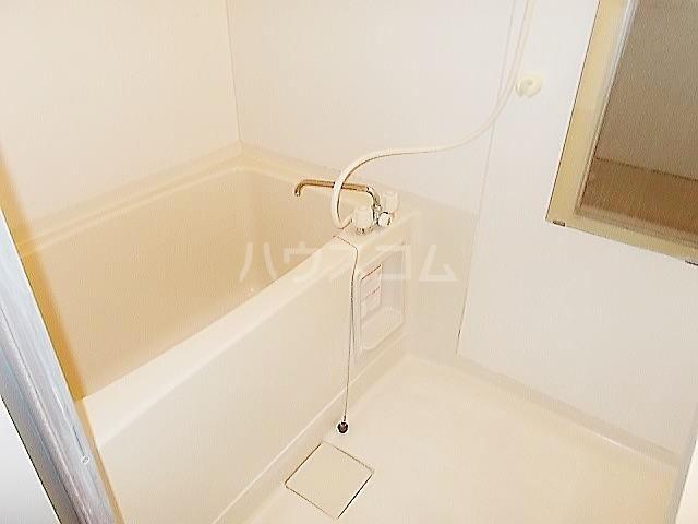 ドルチェ9・6・8 02010号室の風呂