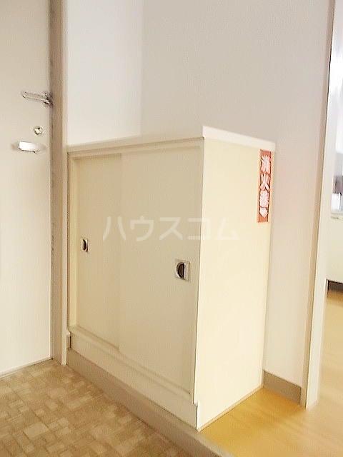 ドルチェ9・6・8 02010号室の玄関