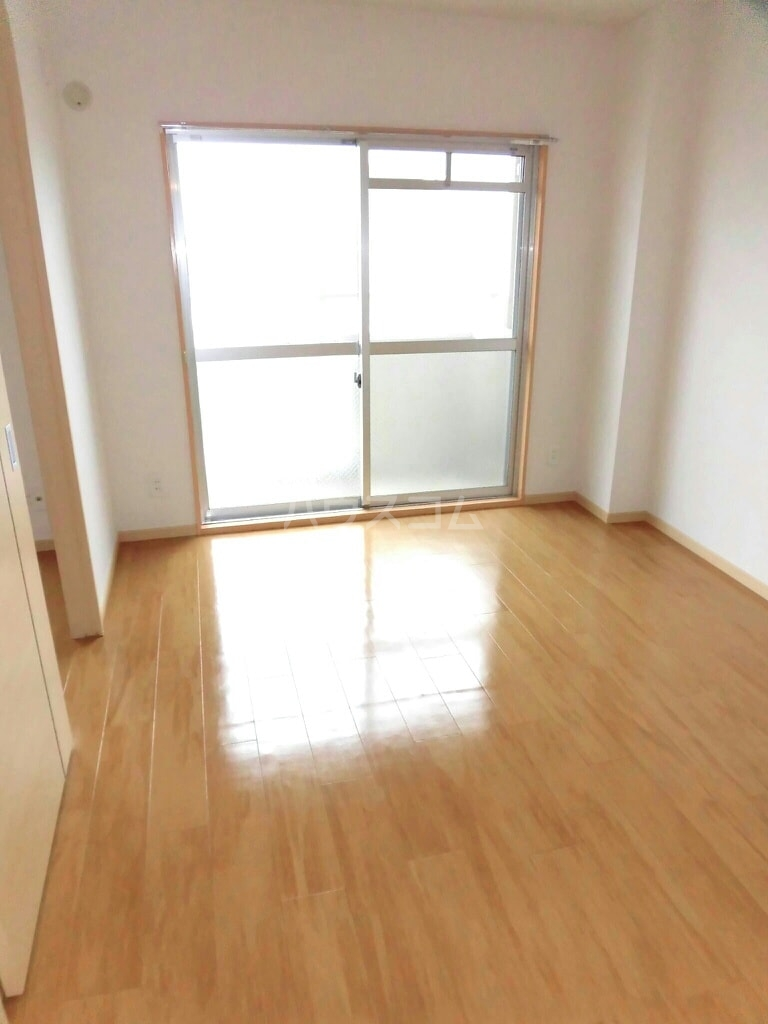 East Hill 03010号室の居室