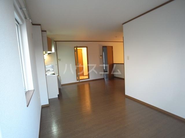 ヴォーヌングⅡ 02030号室のキッチン