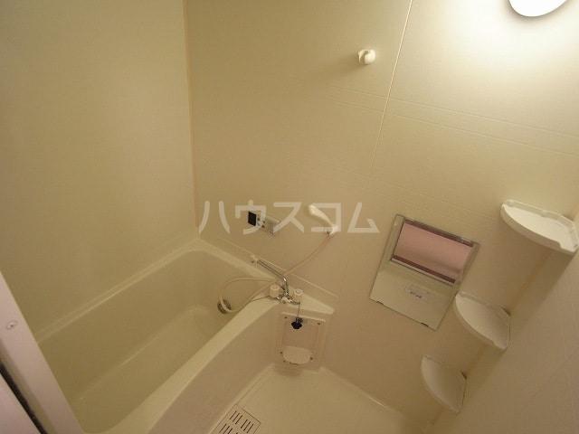 ヴォーヌングⅡ 02030号室の風呂