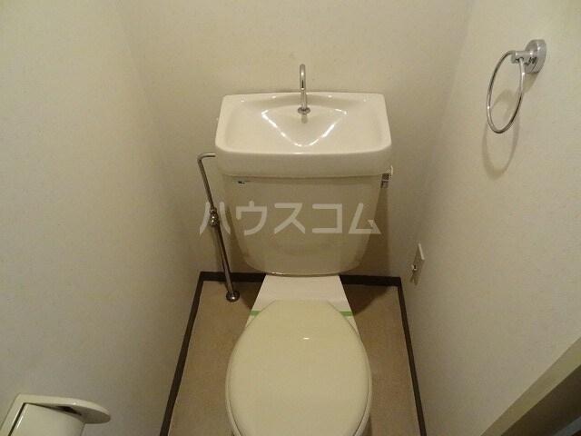 カーム双葉 02030号室のトイレ