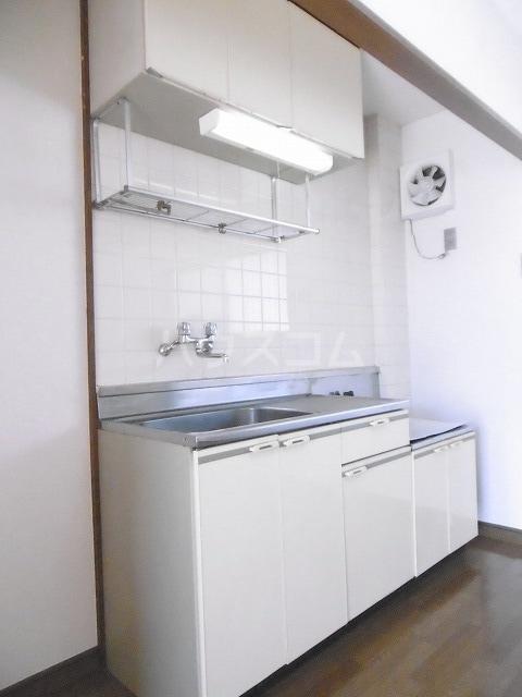 シティハイツ梅田 02010号室のキッチン
