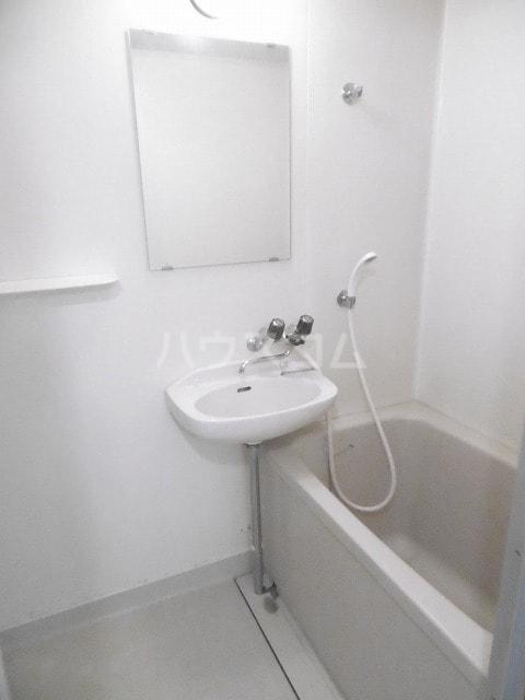 シティハイツ梅田 02010号室の風呂