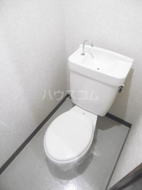 シティハイツ梅田 02010号室のトイレ
