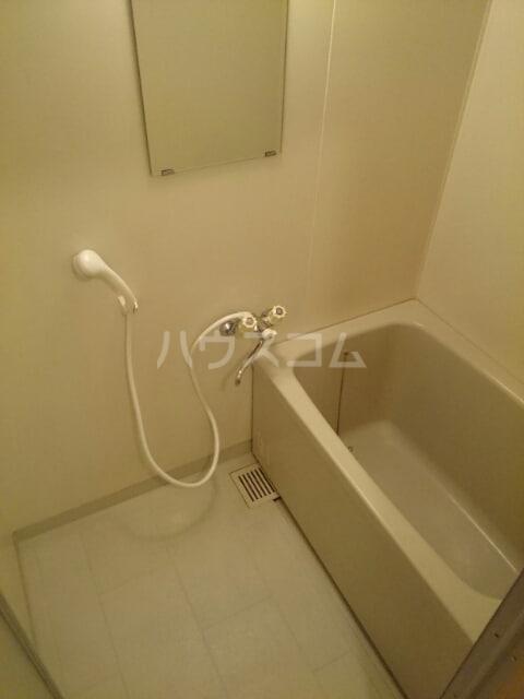 マイルドハイツわたなべ 01040号室の風呂