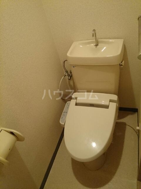 マイルドハイツわたなべ 01040号室のトイレ