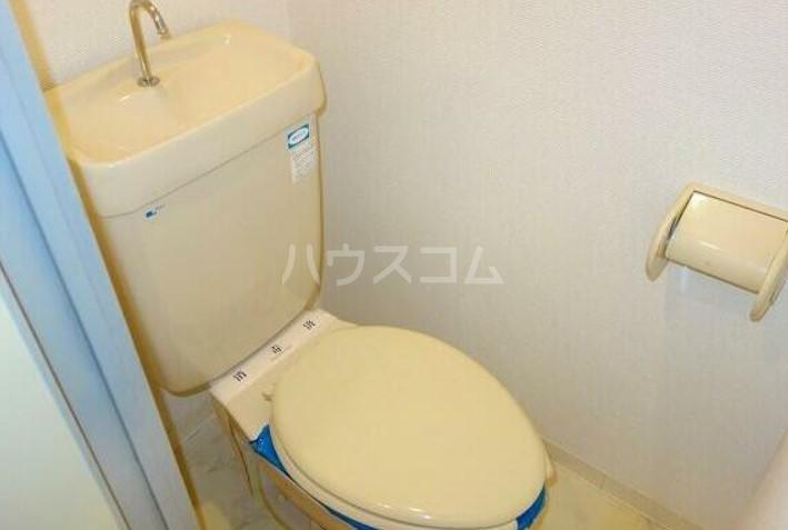 ポプリタウン本町 103号室のトイレ