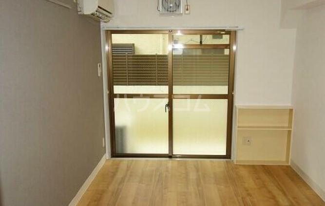 ポプリタウン本町 103号室の居室