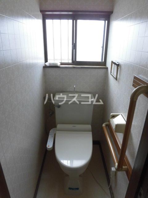 丸山1丁目戸建のトイレ