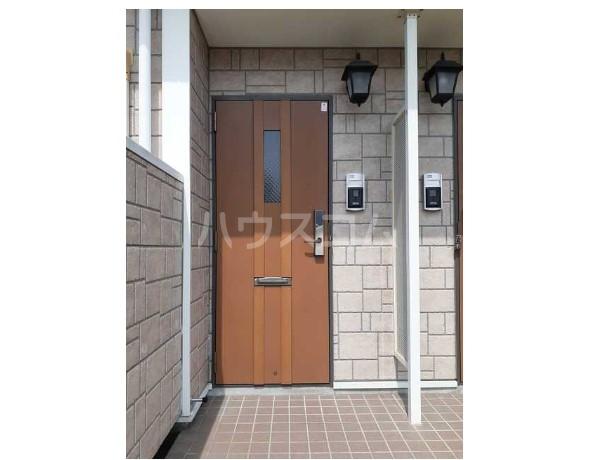 ピュア ミキ A 02030号室のエントランス
