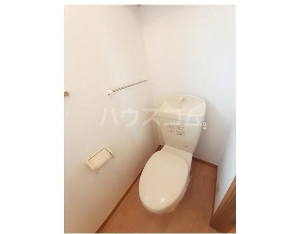 ピュア ミキ A 02030号室のトイレ