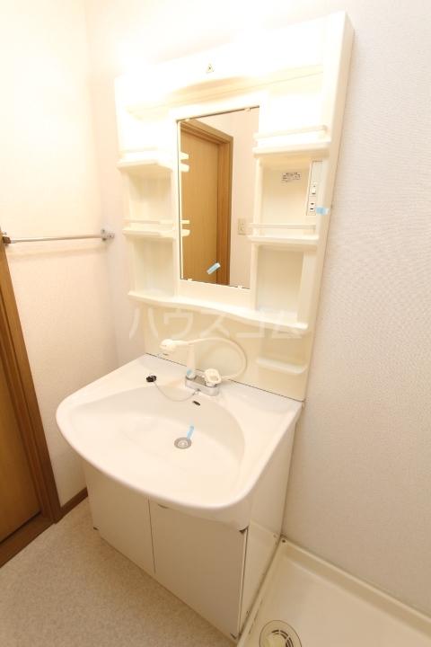 スプリングヒルズⅠ 02010号室のトイレ