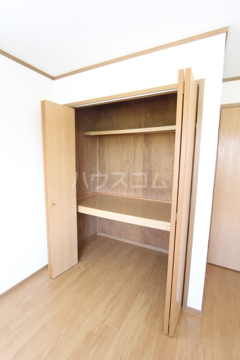 スプリングヒルズⅠ 02010号室のバルコニー