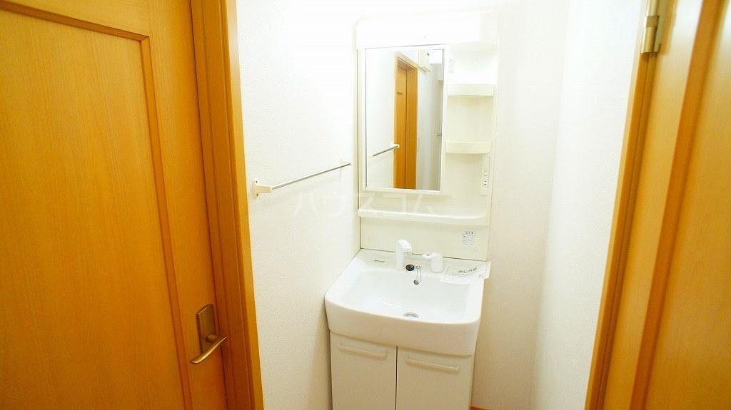 ソルフィ- E 02020号室の洗面所