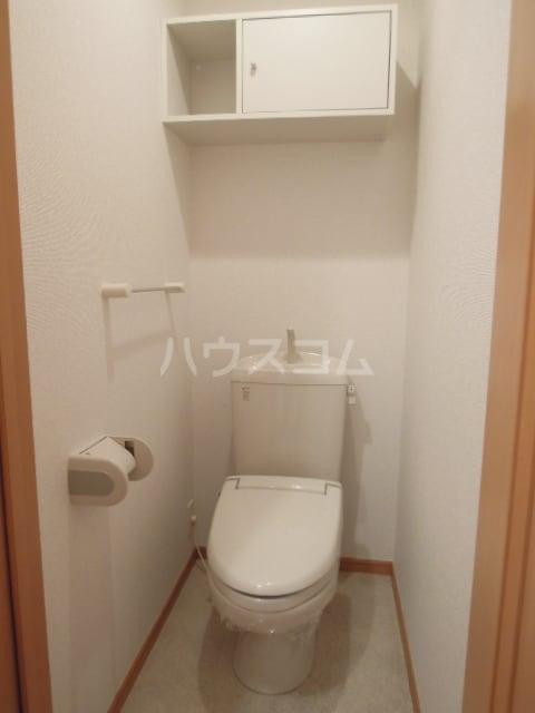 トゥェルブ チャ・チャ・チャ 01020号室のトイレ