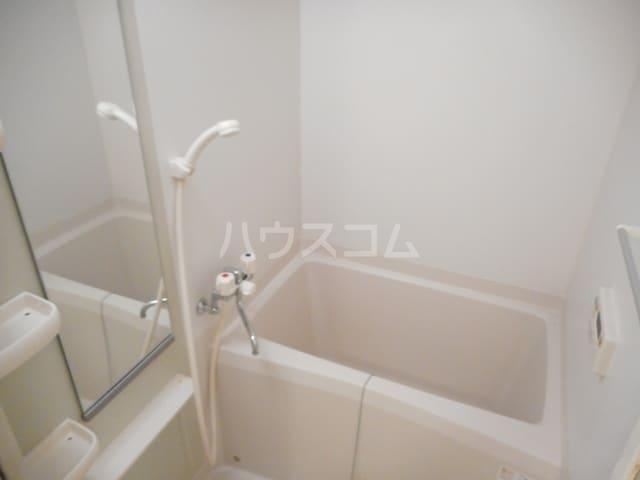 ハーヴェストヒルA 01010号室の風呂