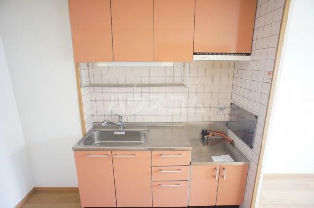 プリムロ-ズ 02020号室のキッチン