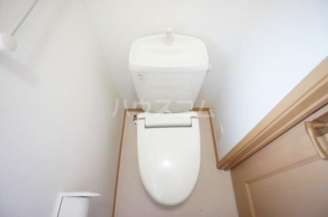 プリムロ-ズ 02020号室のトイレ