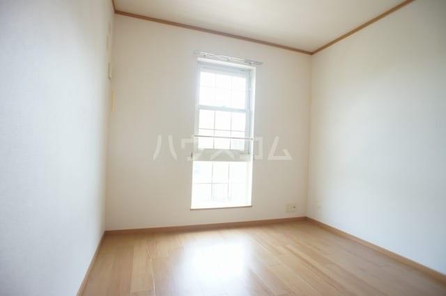 プリムロ-ズ 02020号室のベッドルーム