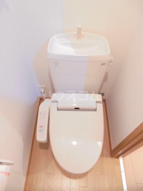 ワン グレイン.K.S. 02020号室のトイレ