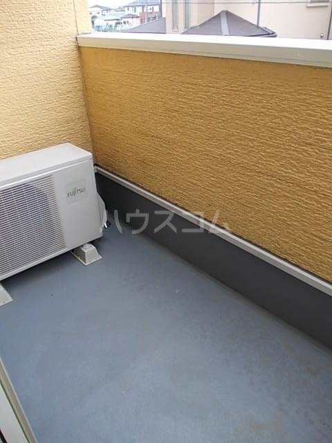 ワン グレイン.K.S. 02020号室のバルコニー