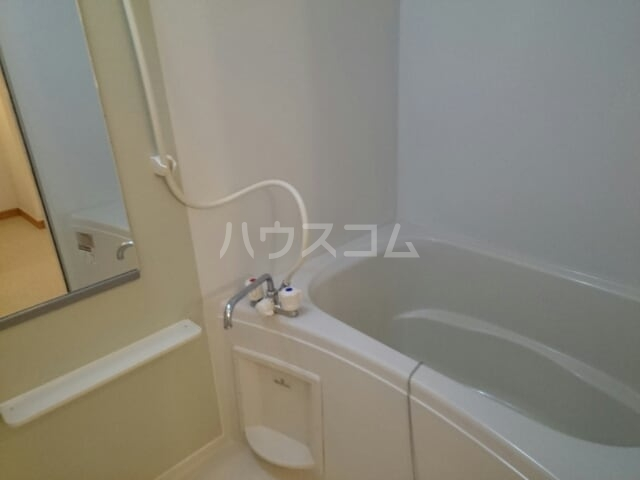 メゾン・エトワールⅡ 01010号室の風呂
