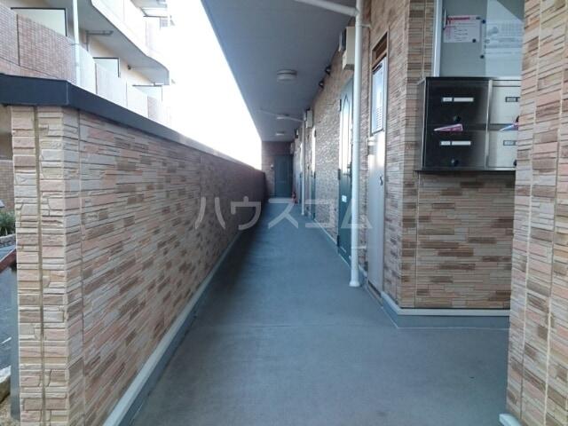 メゾン・エトワールⅡ 01010号室のエントランス