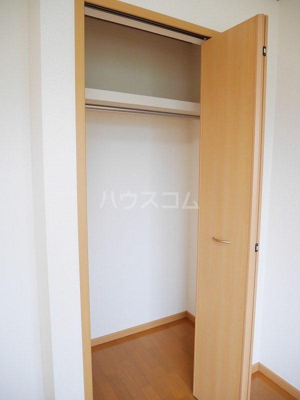 ジェントリーⅠ 01030号室の収納