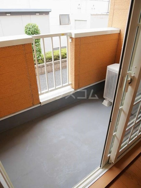 ジェントリーⅠ 01030号室のバルコニー