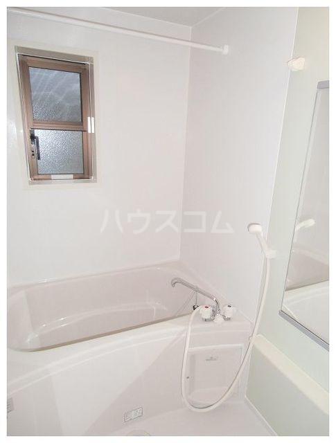 ユンヌバーグA 01020号室の風呂