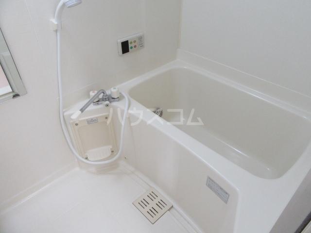 ベル・クレールC 01020号室の風呂