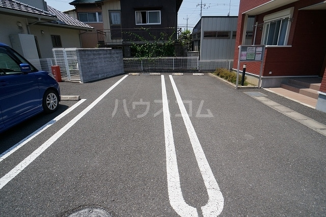 カサブランカB 02010号室の駐車場