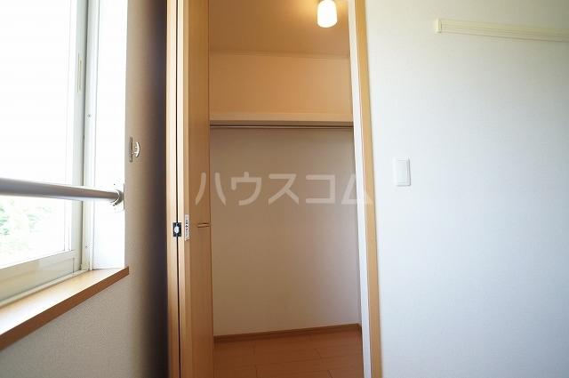 カサブランカB 02010号室の収納