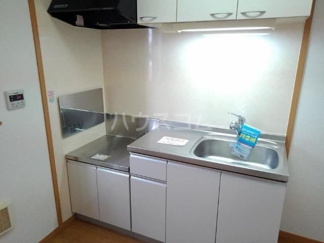 グラース メゾン 01010号室のキッチン