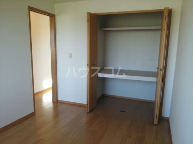 スカイヒルズC 02010号室のベッドルーム