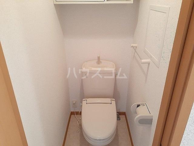 コンフォート江松Ⅱ 02010号室のトイレ