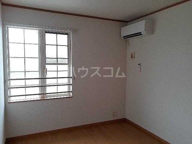 コンフォート江松Ⅱ 02010号室の洗面所