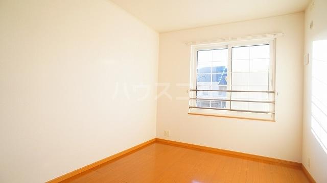 グリーンパークヒルズB 02030号室のベッドルーム