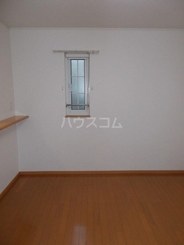 コウハイムⅠ 02010号室のリビング
