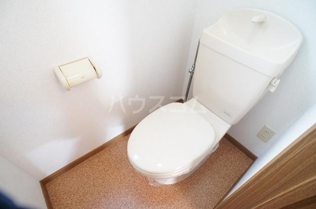 ガーデンヒルズⅢ 01010号室のトイレ
