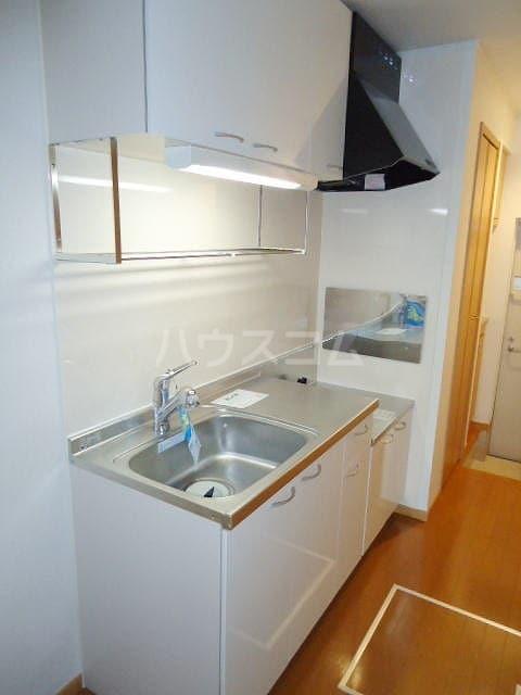 フィオーレⅡ 01010号室のキッチン
