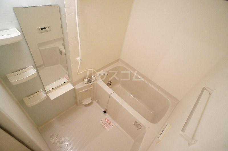 プリート・コルソB 01030号室の風呂