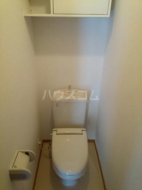 リヴ・プロムネイドB 01010号室のトイレ