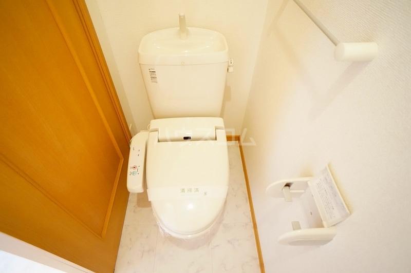 プロムナードB 01020号室のトイレ