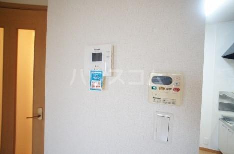 カ-サ・フェリ-チェ B 01010号室のセキュリティ
