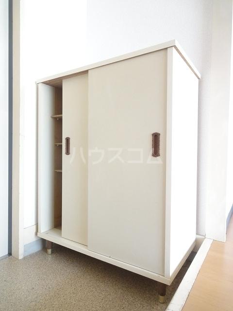 エルディム清水Ⅰ 01030号室の玄関